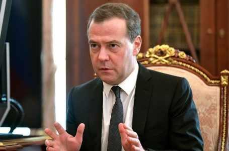 Стала известна детальная программа визита Медведева в Узбекистан. Помимо Ташкента российский премьер отправится в Ургенч и Хиву