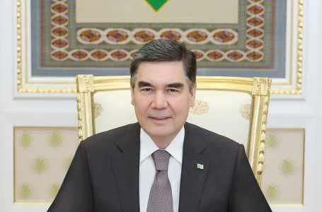 Президент Туркменистана: мы придаём особое значение развитию национального искусства ковроткачества