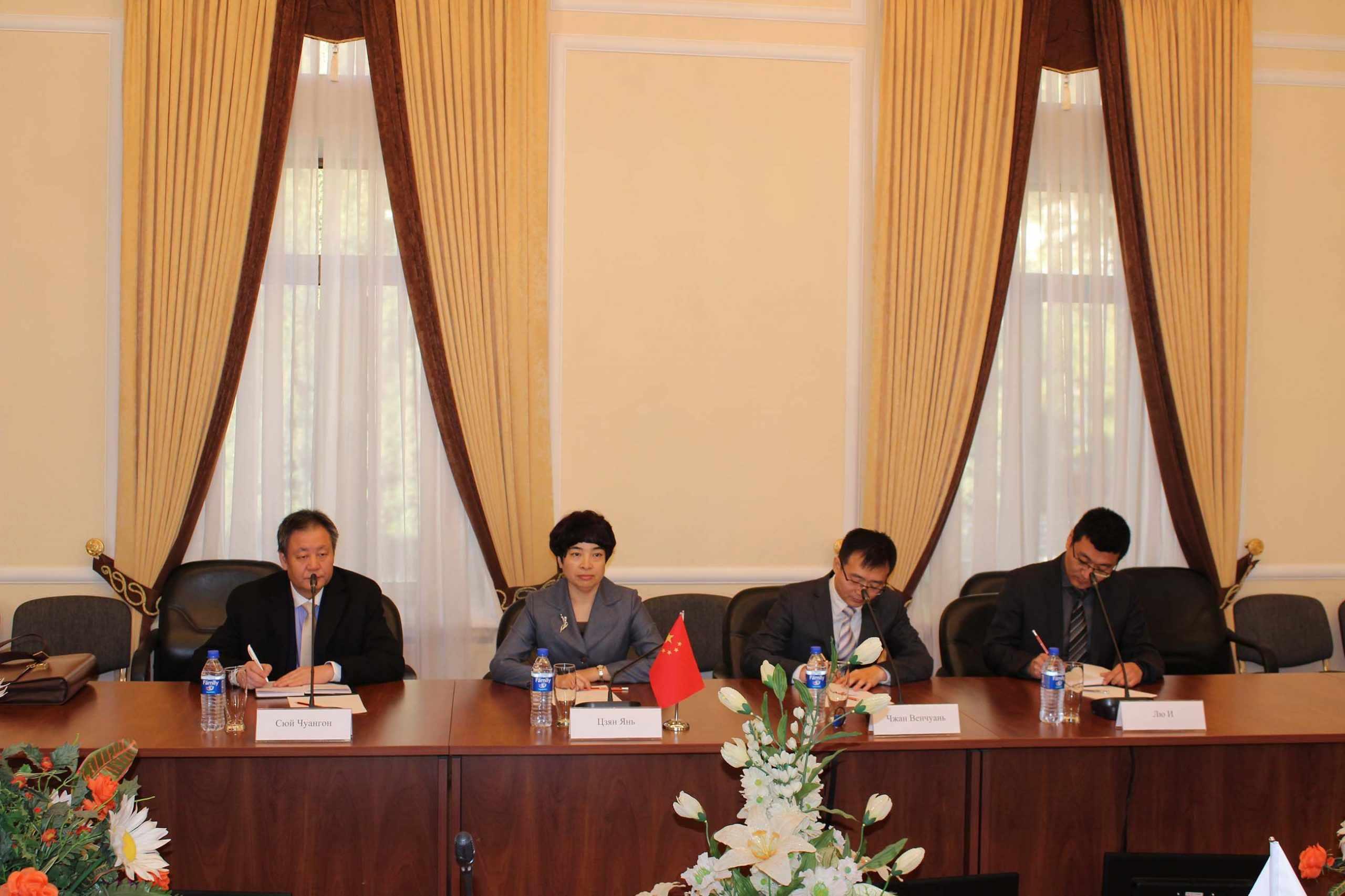 """Китайские эксперты окажут поддержку проекту """"12 ворот Ташкента"""""""