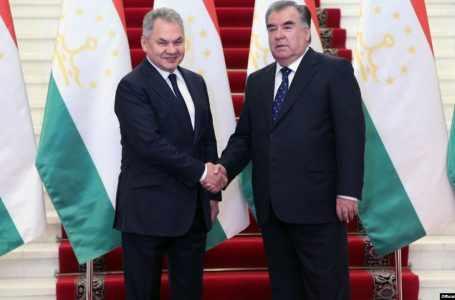 Россия за пять лет передала Таджикистану оружия на $122 млн