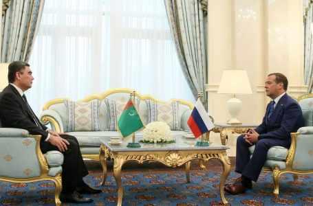Бердымухамедов принял премьер-министров СНГ. И вице-премьера Таджикистана