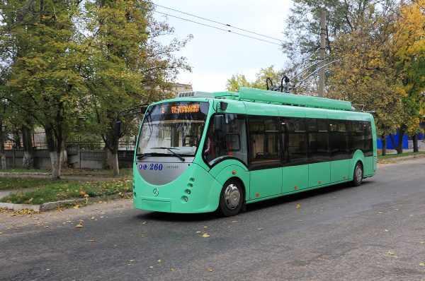 В Душанбе появились новые троллейбусы оборудованные аккумуляторами для хранения электроэнергии.