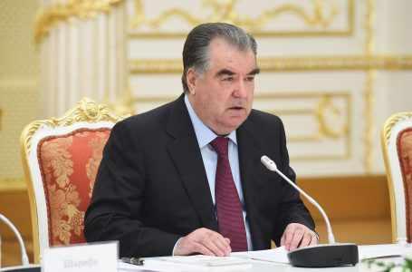 Президент наказал руководство таможни и Нацбанка и произвел кадровые перестановки