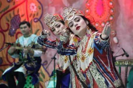 Шесть номеров: Таджикистан в 19 раз отмечает День Шашмакома
