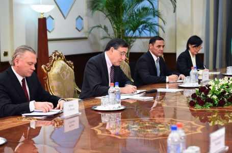 Таджикистану необходимо 400 миллионов долларов для реализации его нового антикризисного плана