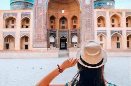 """Узбекистан стал победителем в номинации """"Лучшее развивающееся туристическое направление"""" по версии Grandvoyage Tourism Awards"""
