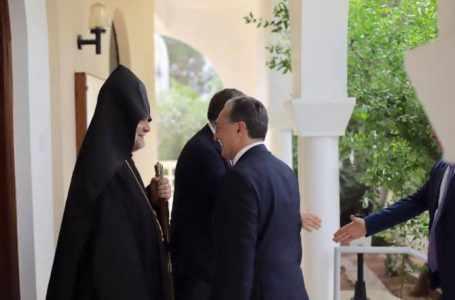 Заложить основу для нового сотрудничества в трехстороннем формате Армения – Кипр – Греция: глава МИД Армении встретился с армянской общиной Кипра