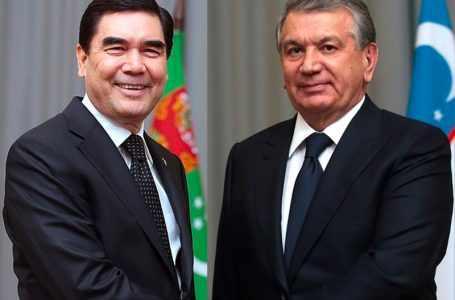 Состоялся телефонный разговор президентов Туркменистана и Узбекистана