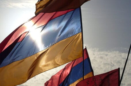 Посол США посетил университет в Армении