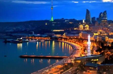 Российские и иранские военные суда покидают порт Баку