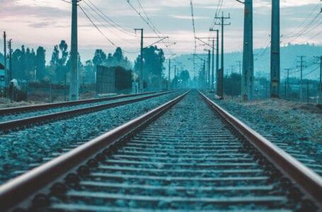 Огромные очереди перед железнодорожными кассами в Ашхабаде