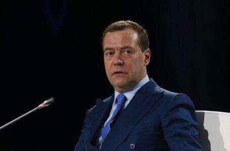 Премьер-министр России проведет переговоры на высшем уровне в Туркменистане