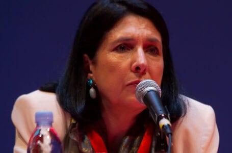 Президент Грузии помиловал арестованных оппозиционных политиков, бывшего Тбилисского мэра Угулаву, экс-министра обороны Окруашвили