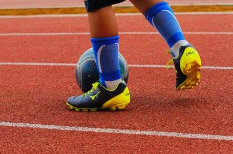Таджикские футболисты побеждают на чемпионате мира