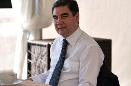 Президент Туркменистана издает «духовный» труд