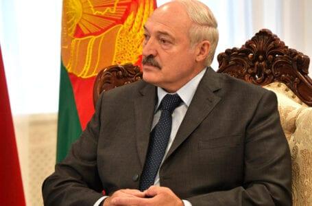 Лукашенко посетит Армению