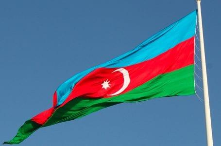 Азербайджан видит в друзьях и врагах Турции своих собственных, заявил вице-спикер парламента Баку