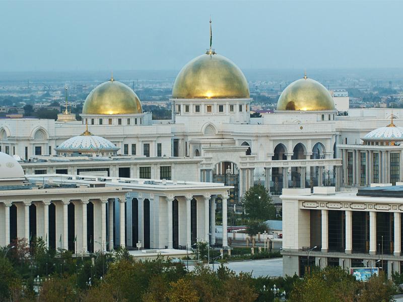 """25 лет спустя Туркменистан получает нулевую выгоду от """"Нейтралитета"""""""