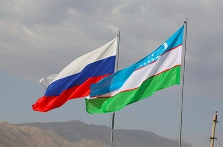 Граждане Узбекистана пытаются прорваться через российско-казахстанскую границу
