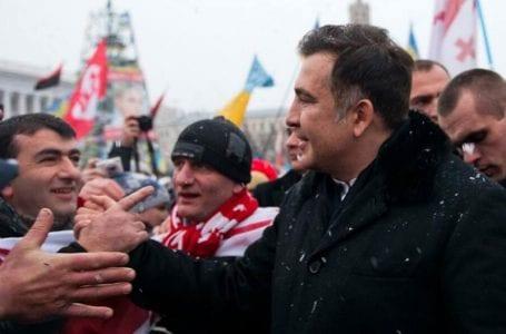 Возвращение Саакашвили в украинское правительство приостановлено