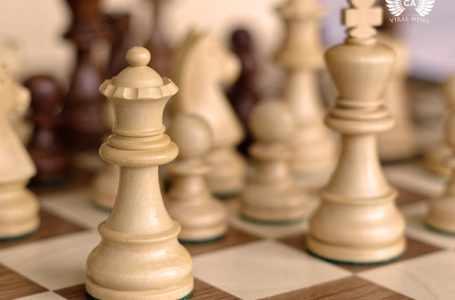 Узбекистанские школьники будут играть в шахматы во время учебы