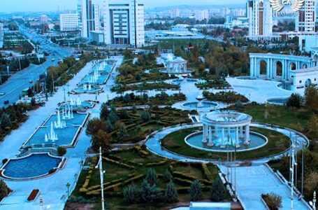 Гурбангулы Бердымухамедов  раскритиковал уровень благоустройства столицы Туркменистана