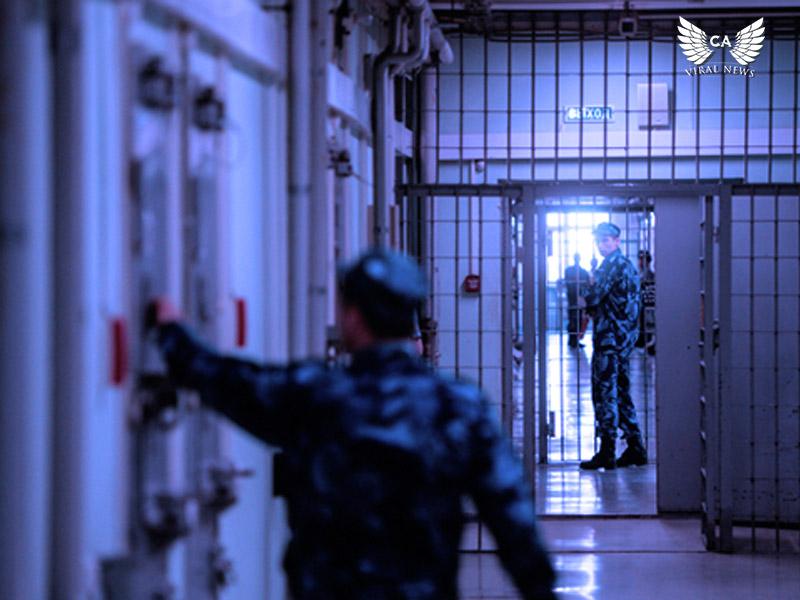 В Азербайджане все еще содержат более сотни политзаключенных