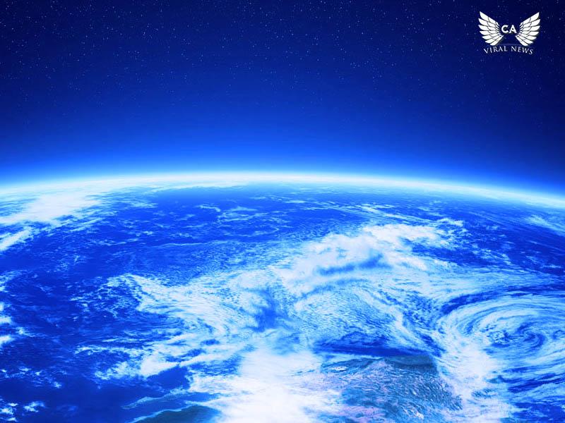 Космонавты МКС приземлились в Казахстане