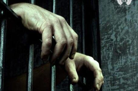 Один из этнических казахов вернулся домой из китайского плена
