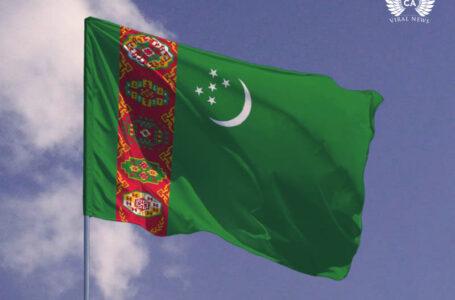 Туркменским чиновникам приказали брить головы после смерти отца президента